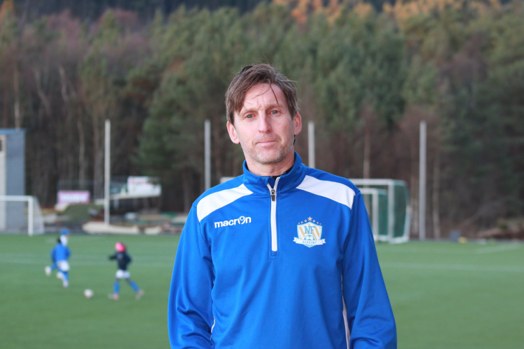 Ove Vindenes er daglig leder i NF Academy West med ansvar for spillerutviklingsaktiviteter i Hordaland, Sogn og Fjordane og Rogaland