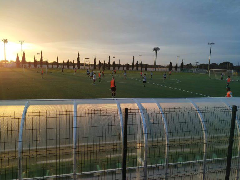 PORTUGISISK VINNERMENTALITET: På treningsfeltet til Sporting ble ikke Foss Evensen bare utfordret av tekniske begavede spillere. Han ble også introdusert for portugisisk vinnermentalitet.