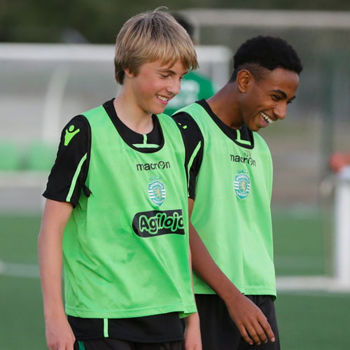 NF Academy Players training at Sporting CP