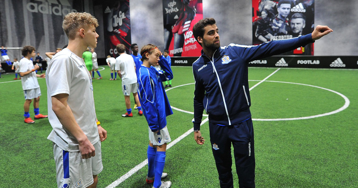 nf-academy-indoor-training-youth-football-3