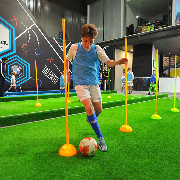 nf-academy-indoor-training-youth-football-mobile-6
